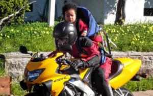 Перевозка детей на мотоцикле без коляски пдд